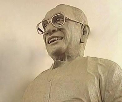 പത്തനംതിട്ടയിൽ കെ.കരുണാകരന്റെ പ്രതിമ സ്ഥാപിക്കും